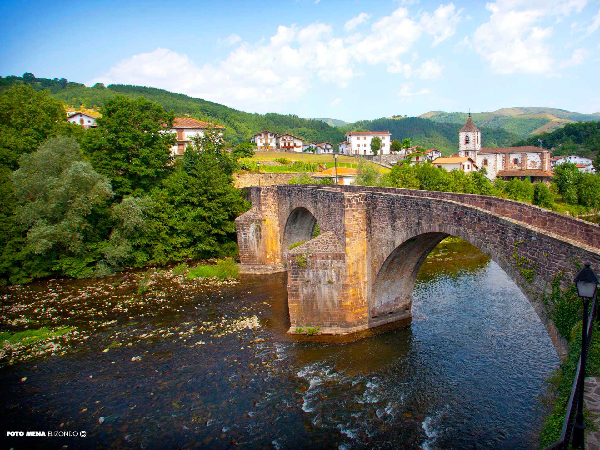 nto con bañera Navarra, nte de sunbilla inicio, puente medieval de Sunbilla